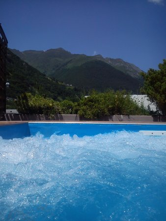 Hotel & Residence Balneo Aladin: one of the hotel's swimming pools