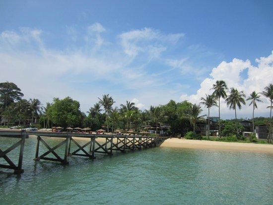 The Village Coconut Island Beach Resort : the jetty