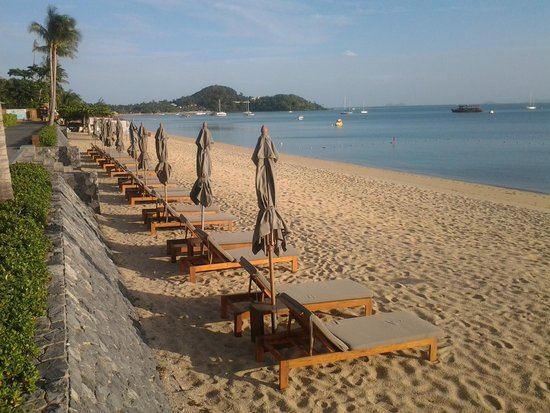 Hansar Samui Resort: early morning scene 7:00 am