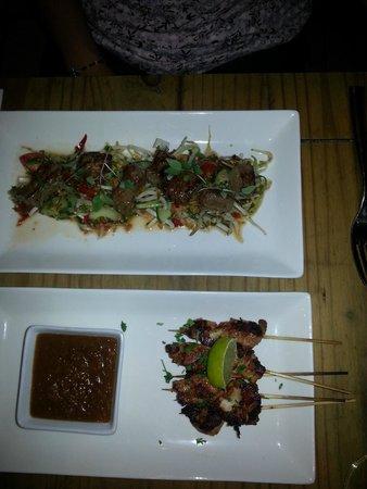 Kahuna: Thai yam nua beef salad & Satay skewers starters yum!