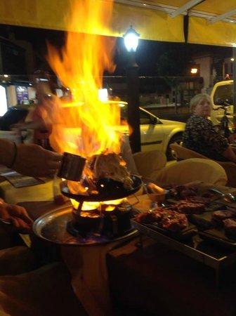 Fado Rock Steak House: Fado Rock pancake goes up in flames