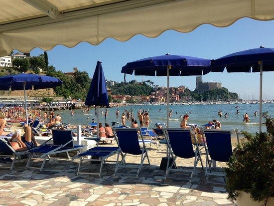 Lido di Lerici Stabilimento Balneare : view from restaurant