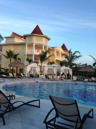 Luxury Bahia Principe Bouganville Don Pablo Collection : Building 52 Rooms