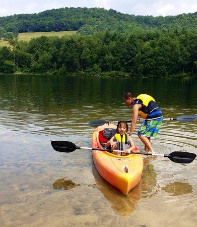 Rocky Gap State Park : Rowing around the lake