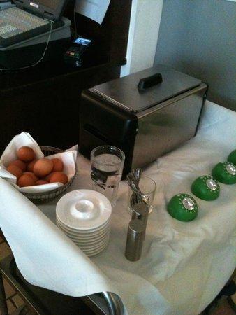 Hotel Auerstein Heidelberg: Frühstück/Breakfast - Eier zum selbst kochen