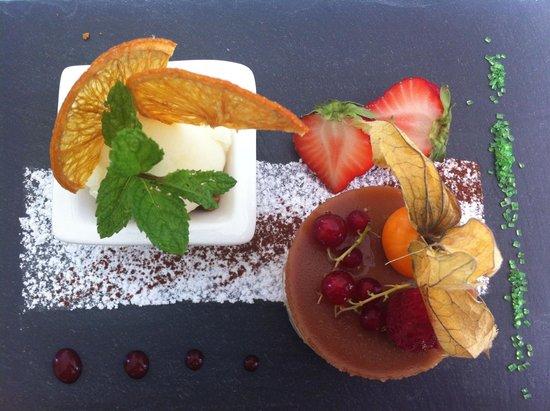 L'Oree des Bois: Dessert aka work of art