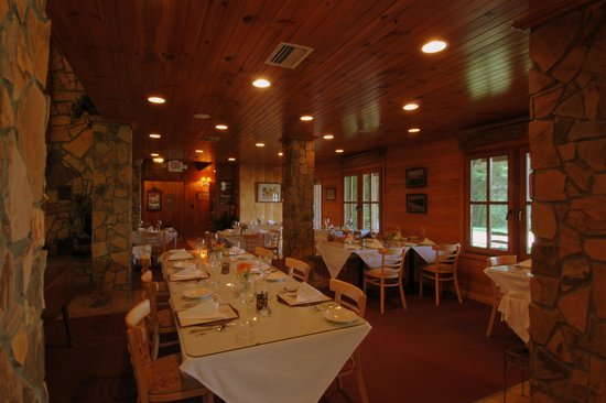 Blue Waters Mountain Lodge : Dining Room