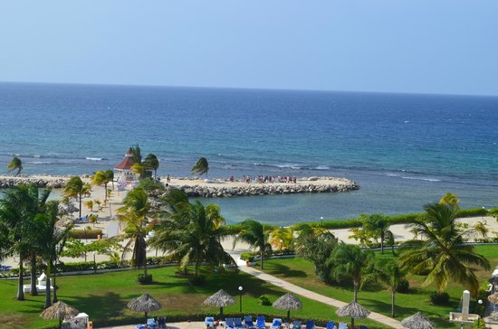 Grand Bahia Principe Jamaica : Beautiful view from our room