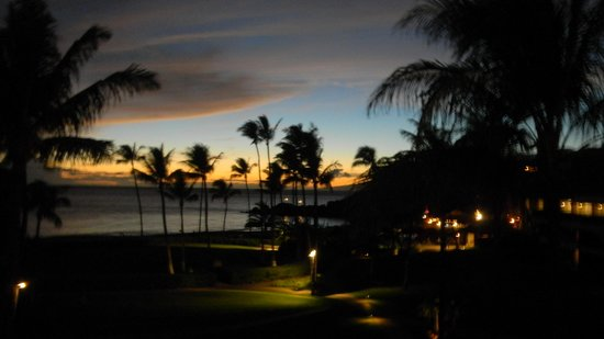 Sheraton Maui Resort & Spa: Sunset from room 2409