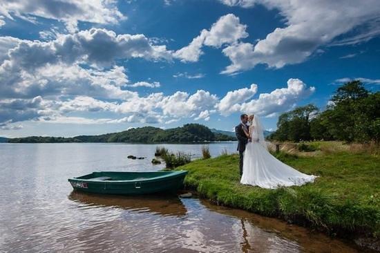 Loch Lomond Waterfront: wedding at waterfront