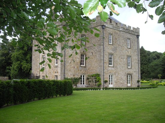 Hellifield Peel Castle: From the grounds to the rear, looking toward the castle