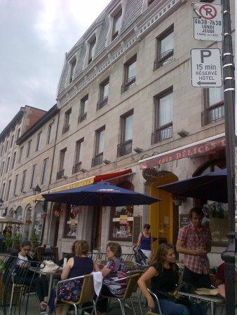 Facade of Auberge de la Place Royale Facing West