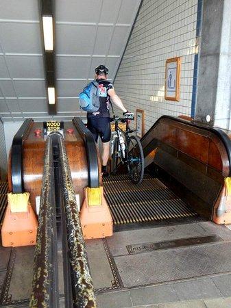 Sint Annatunnel: Going Down
