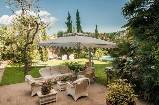 Casa biancalana prices b b reviews lucca italy - Hotels in lucca italy with swimming pool ...