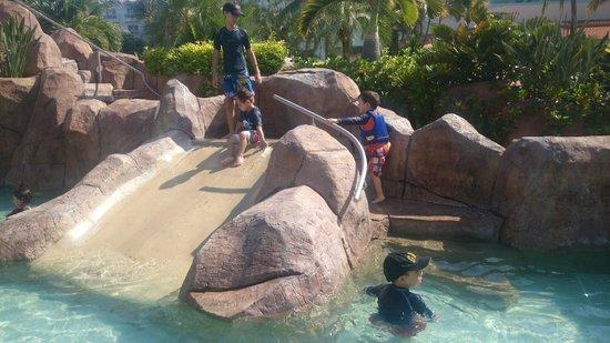 Hard Rock Hotel Vallarta: Tobogan niños
