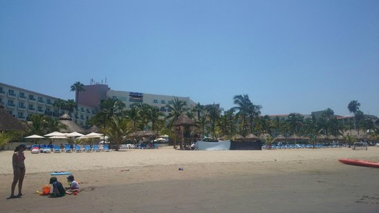 Hard Rock Hotel Vallarta: Desde la playa
