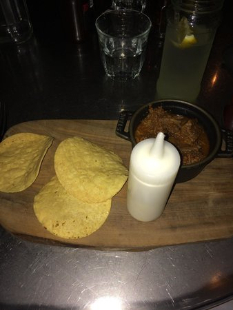 Joe's Southern Table & Bar: Chilli cup starter