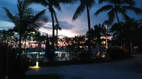 Hard Rock Hotel Vallarta: Vista atardecer