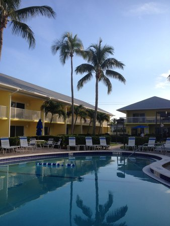 Pool at Sandpiper Gulf Resort