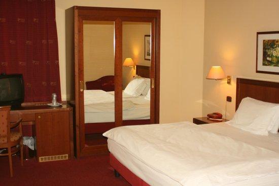 Hotel Mondial: suite