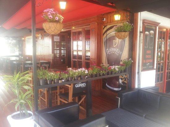 Cafe Guinness Restaurant: Un havre de plaisir