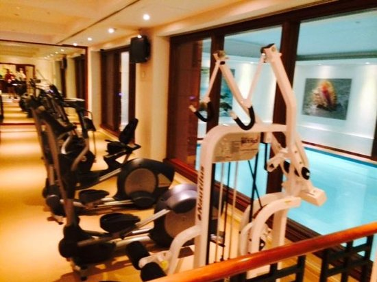 Courtyard Tbilisi : fitness