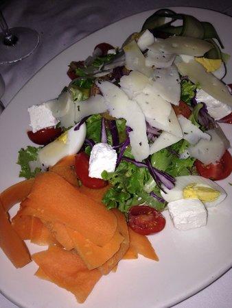 Belthazar Restaurant and Wine Bar: Delicious house salad
