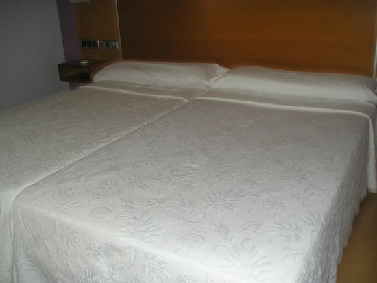 Hotel City House Marsol: HABITACION