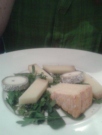 Le Boudoir: Assiette de fromages