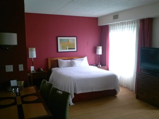 Residence Inn Newark Elizabeth/Liberty International Airport: bed