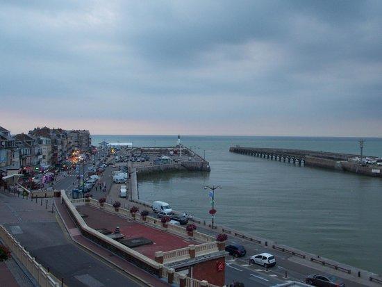 Hotel de Calais : view