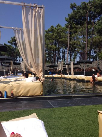 Evidencia Belverde Atitude Hotel : Glorious day by the pool