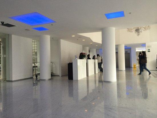 NM Lima Hotel: Recepción !