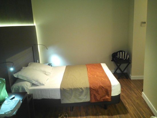 Sercotel Asta Regia Jerez: Habitación