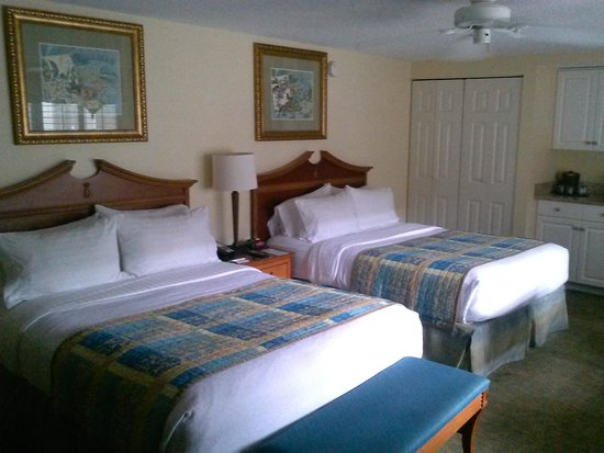 Holiday Inn Hotel & Suites Clearwater Beach South Harbourside: Beds