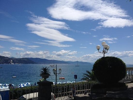 la vista dalla terrazza del Grand Hotel Miramare di Santa Margherita Ligure