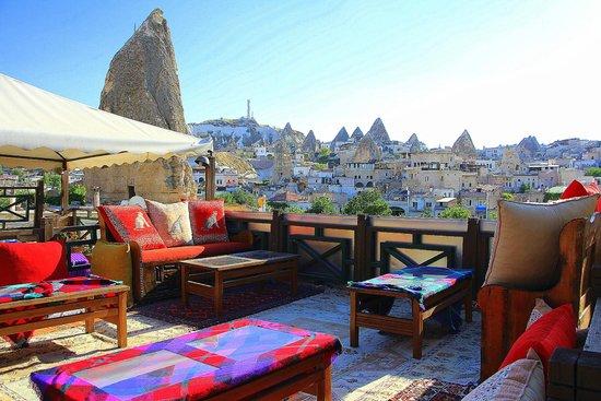 Oriental Cave Suites: Rooftop Terrace , Breakfast area