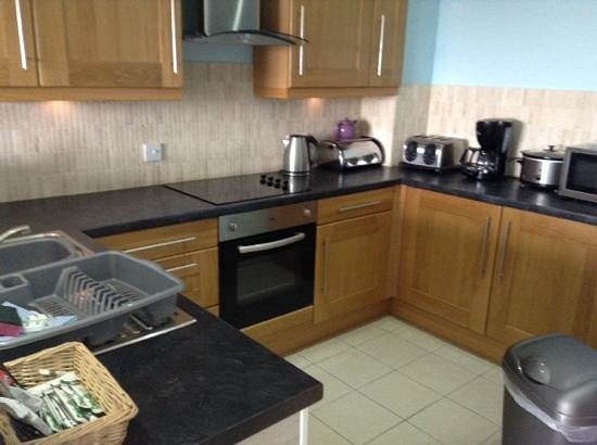 Westbeach Resort: kitchen
