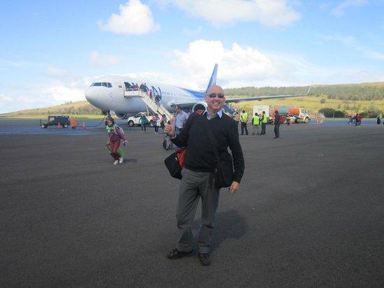 Ballet Kari Kari : Aeropuerto  Mataveri, Hangaroa Rapa  Nui