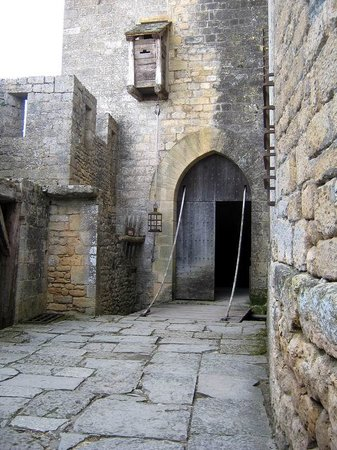 Château de Beynac : La barbacane