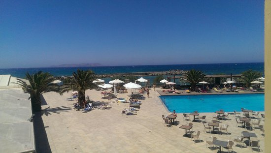 Beach Club Aphrodite : View from Pool side first floor room