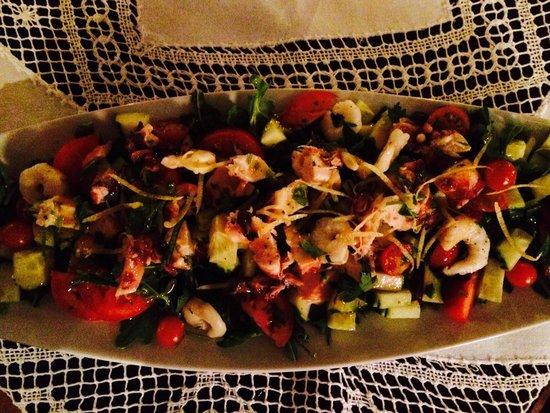 Piassa Granda: Salad :-)
