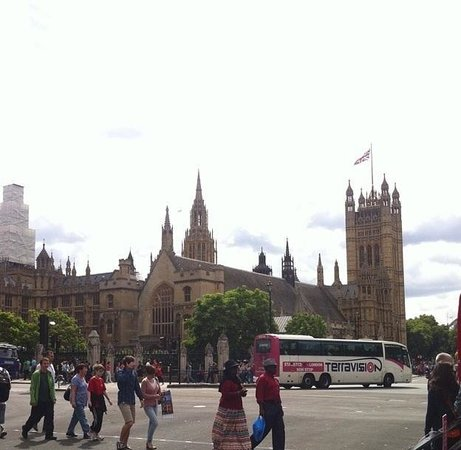 Houses of Parliament: 2