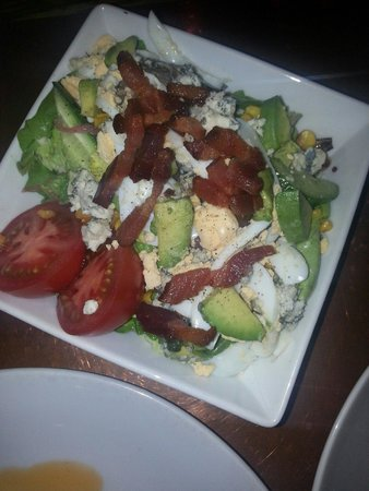 NOtaBLE - The Restaurant: Cobb salad