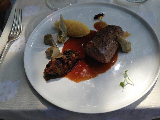 Le Castellaras : FILET OF VEAL WITH RATATOILLE, ARTICHOKES, POLENTA