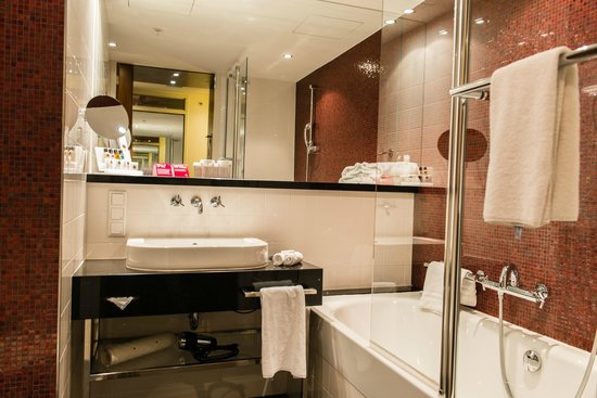 Crowne Plaza Amsterdam South : Salle de bain - Chambre superior