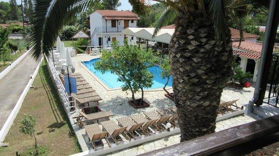 Villa Rosa Apartments : View from room 14 balcony