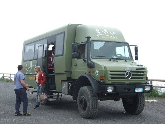 Hotel Capri: Ex army vehicle we went up Vesuvius on
