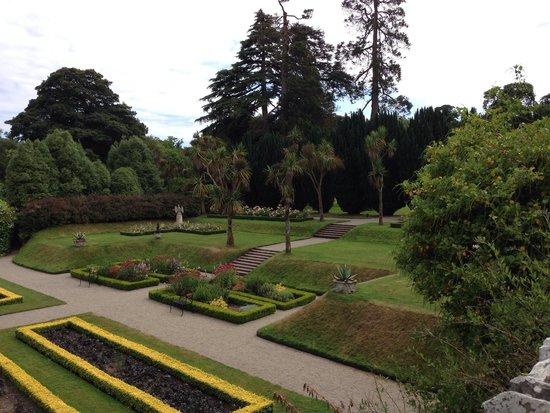 Castle Ward: The sunken garden looking wonderful!