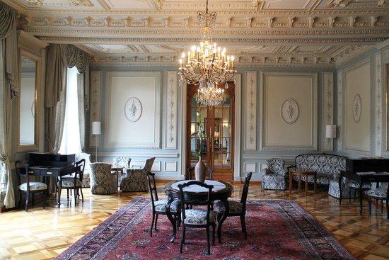Grand Hotel Kronenhof: Hotel interior